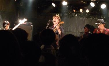 buttz-yotsuya3.jpg